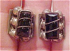 Mexican sterling earrings w/obsidian (Image1)