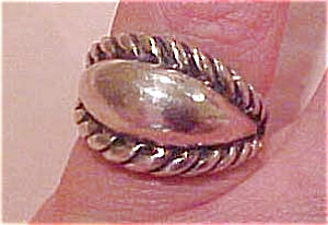 Sterling silver ring (Image1)