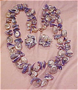 Blue shell necklace and earring set (Image1)