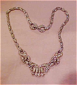 Pot metal and rhinestone necklace (Image1)