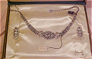 Rhinestone necklace & Earrings (Image1)