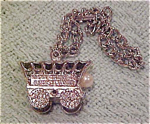 charm bracelet with wagon train (Image1)