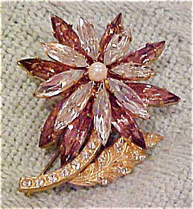 Flower pin with topaz & clear rhinestones (Image1)