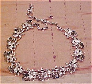 Necklace with grey & smoke rhinestones (Image1)