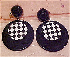Black and checkerboard earrings (Image1)