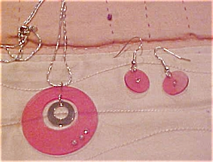 Lucite necklace and earring set (Image1)