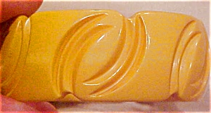Butterscotch bakelite bangle (Image1)