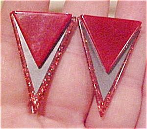 Red plastic earrings with glitter (Image1)