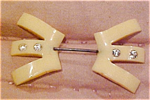 Art deco celluloid pin with rhinestones (Image1)