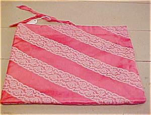 Schiaparelli lingerie bag (Image1)