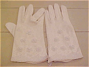 Cotton gloves with beading (Image1)