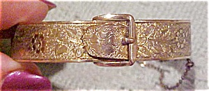 Buckle bangle (Image1)