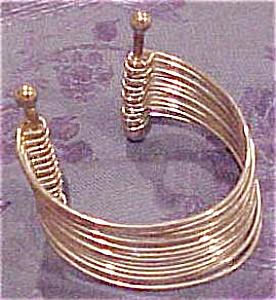 Silvertone cuff (Image1)