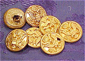 7 Military buttons (Image1)