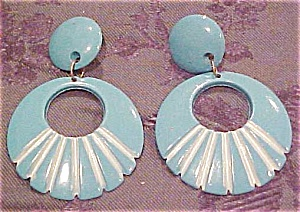 Blue Plastic earrings (Image1)