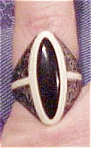 Celluloid ring (Image1)
