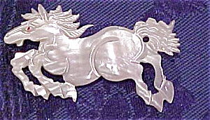 Mother of Pearl horse pin (Image1)