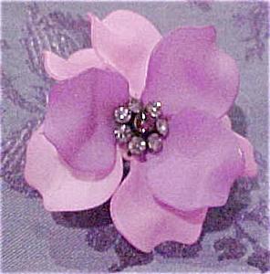 Modern plastic flower ring (Image1)
