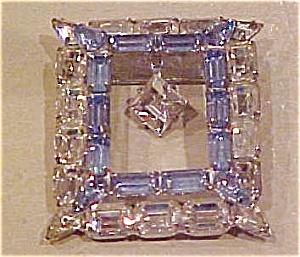 Rhinestone pin with dangling rhinestone (Image1)