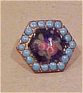 Art Nouveau button (Image1)