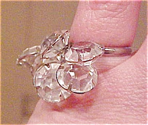 Ring with crystal dangling beads (Image1)