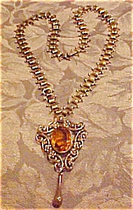 Art nouveau pedant on revival chain (Image1)
