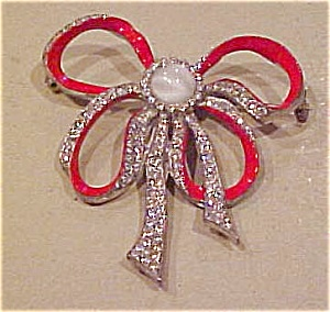 Red enamel bow pin (Image1)