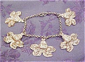 Art nouveau style charm bracelet (Image1)