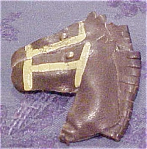 Leather horse pin (Image1)