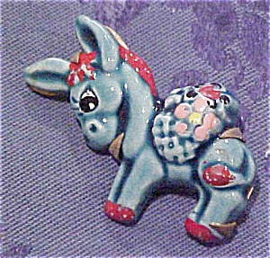 Ceramic Donkey pin (Image1)