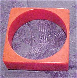 Plastic red bangle (Image1)