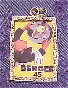 Pendant with vintage looking graphics (Image1)