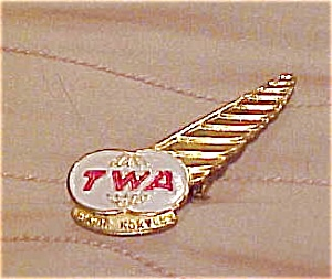 TWA Junior hostess Airline pin (Image1)