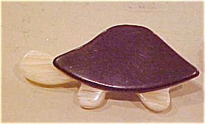 Celluloid turtle pin (Image1)