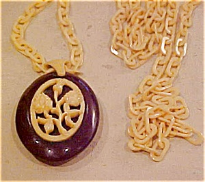 Celluloid necklace and pendant (Image1)