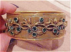 Bangle with green rhinestones (Image1)