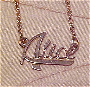 Alice necklace (Image1)