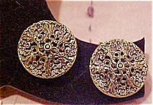 Goldtone filligree earrings (Image1)