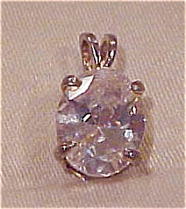 Cubic Zirconia pendant (Image1)