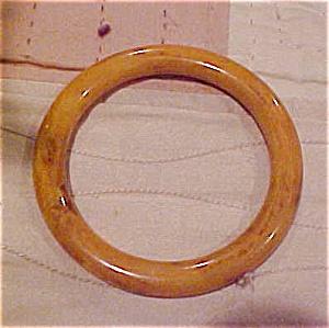 Butterscotch Bakelite bangle (Image1)