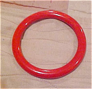 Red Bakelite bangle (Image1)
