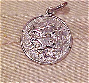 Sterling charm with fish (Image1)
