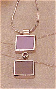 Contemporary necklace with purple pendant (Image1)