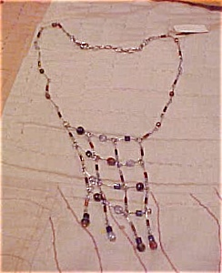 Contemporary beaded necklace (Image1)