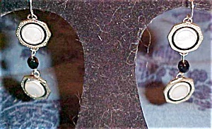 Mother of pearl earrings from cufflinks (Image1)