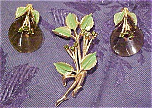 Leaf pin and earring set (Image1)
