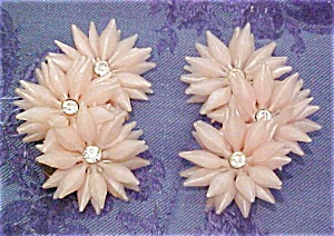 Plastic flower earrings (Image1)