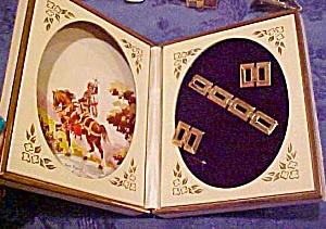 Anson tie bar & cufflinks in box (Image1)