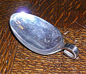 Spoon pendant (Image1)