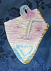 Handmade artist pin (Image1)